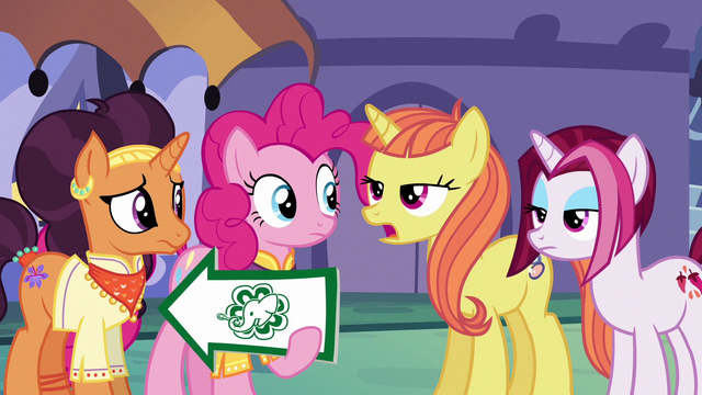 """File:Citrus Blush """"how many hooves does it have?"""" S6E12.png"""