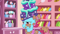 Mrs. Cake covered in cake S6E6.png