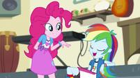 "Rainbow Dash ""thanks, Pinkie!"" EGS1"
