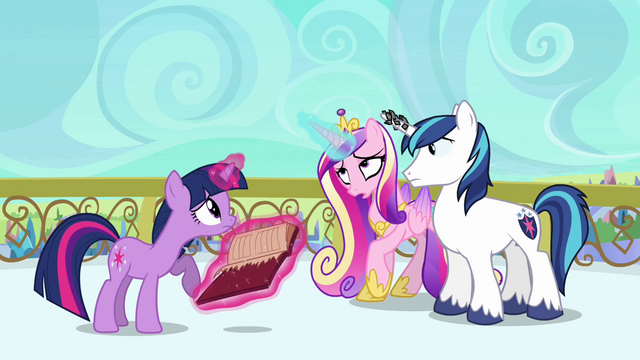 File:Cadance wobbling S3E1.png