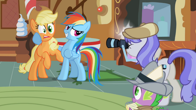 File:Rainbow Dash Picture With Applejack S2E08.png