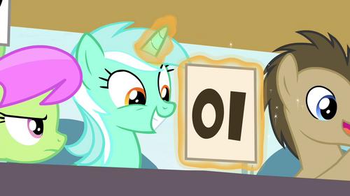 Lyra giving a 10 backwards S4E20.png