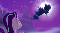 "Princess Luna ""the changelings have returned"" S6E25"