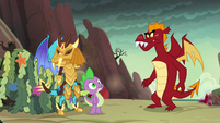 Spike steps between Ember and Garble S6E5