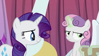 Sweetie Belle removes the steering wheel S6E14
