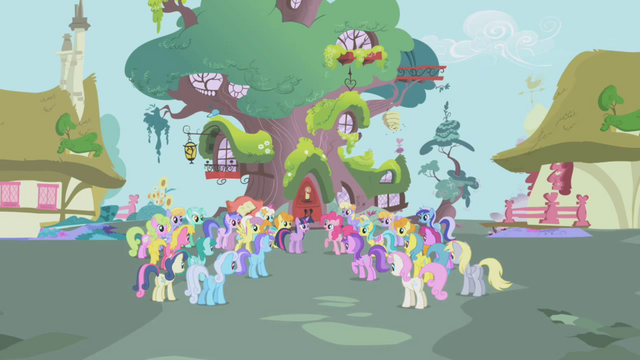 File:Twilight Sparkle Crowd of Clamoring Ponies S1E3.png