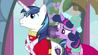 Twilight notice crooked S2E26