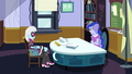 Luna talking with Photo Finish again EG3.png