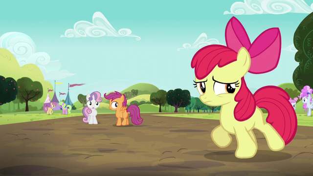 File:Sweetie Belle and Scootaloo sees Apple Bloom walking S5E17.png