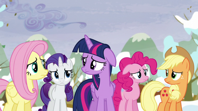 File:Rainbow's friends are concerned S5E5.png