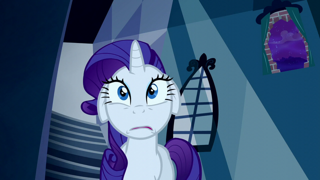 File:Rarity looking nervous S5E13.png