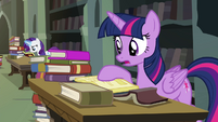Twilight searching the library S4E25