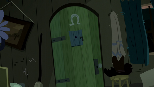 File:Mobile cabin door S5E6.png