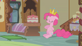 "Pinkie Pie ""fit for a king"" S1E10.png"