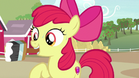 Apple Bloom holding a paintbrush S7E8