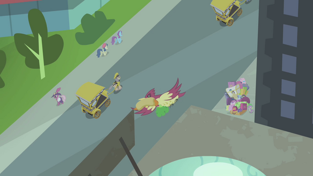 File:Bird flies away with Spike's hot dog S4E8.png