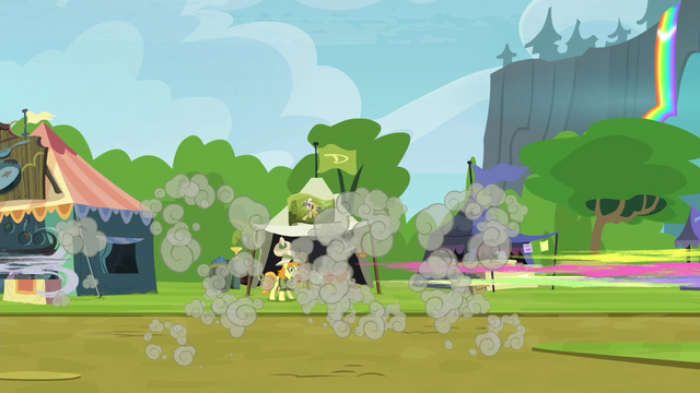 File:Crowd of ponies dispersing S4E22.png
