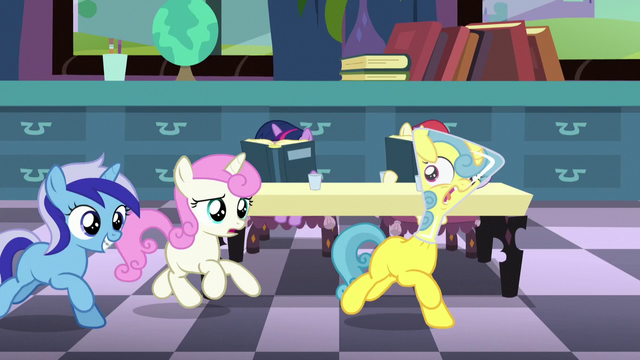 File:Fillies Minuette and Twinkleshine chasing Lemon Hearts S5E12.png