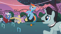 Rainbow Dash cross-eyed S2E09