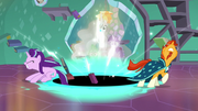 Starlight and Sunburst fight the black hole's pull S7E1.png