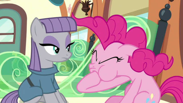 File:Pinkie's mane goes back to normal S7E4.png
