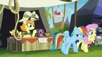 Rainbow waving at collector with her wing S4E22