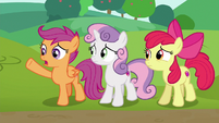 "Scootaloo ""if we wanna be a part of this race"" S6E14"