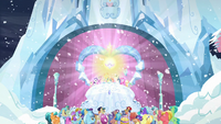 Crowd cheering for Flurry Heart S6E2.png