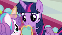 Spike tapping on Twilight Sparkle S7E3