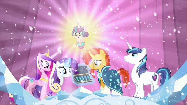 File:Sunburst looks at the crystals; Flurry Heart floats up S6E2.png