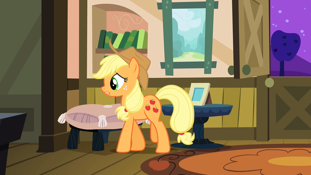 File:Applejack thinking to herself S3E8.png
