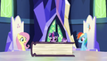 Friendship journal appears on the map table S7E14.png