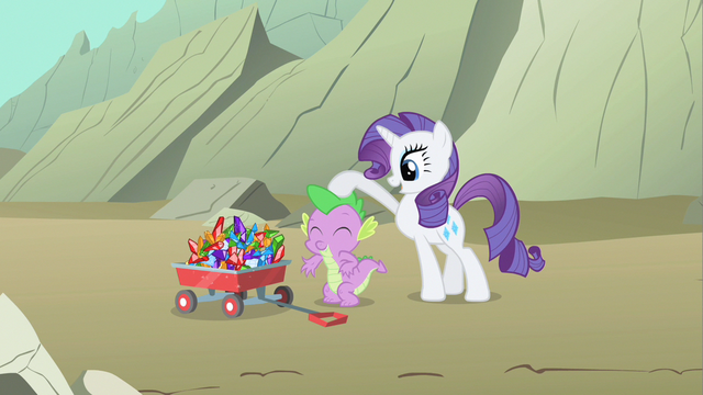 File:Rarity patting Spike S1E19.png