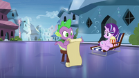 Spike consulting Twilight's checklist S6E1