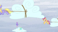 Ponies transporting the clouds S5E5