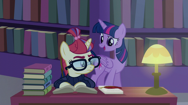 File:Twilight greets Moon Dancer in the library S5E12.png