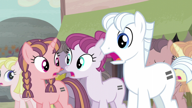 File:Double Diamond and other ponies gasp S5E02.png