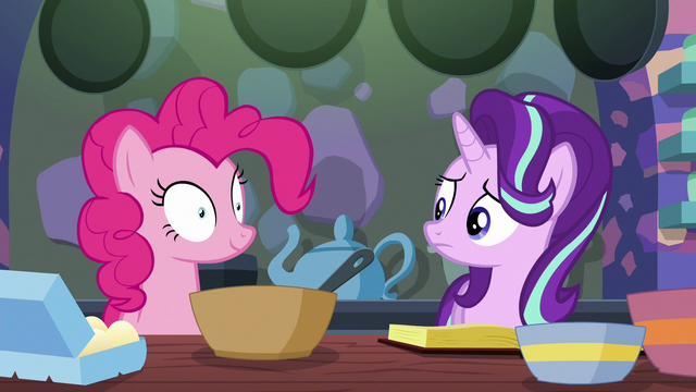 File:Starlight Glimmer looks at Pinkie Pie S6E21.png
