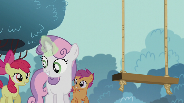 File:Sweetie Belle fixing a swing set S5E18.png