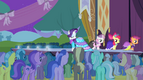 Rarity and CMC walking on the catwalk S4E13