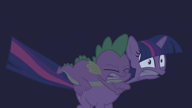File:Twilight Sparkle Spike Terrified S1E9.png