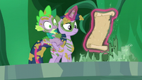 Twilight levitates the opened scroll S5E26