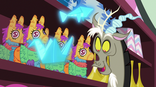 File:Discord happy to see Pinkie Pie S7E12.png