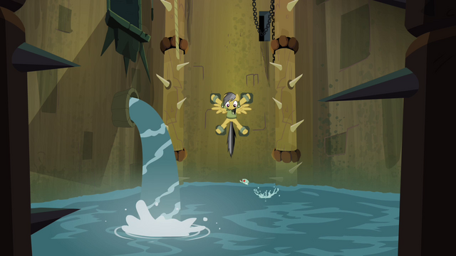 File:Piranha pool filling with water S4E04.png