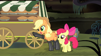 "Applejack ""wouldn't be enjoying these pies"" S4E17"
