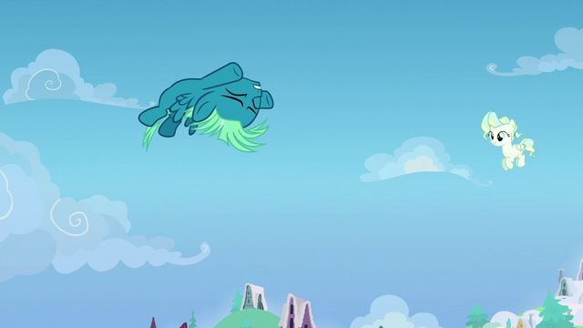 File:Young Sky Stinger successfully performs a loop S6E24.png