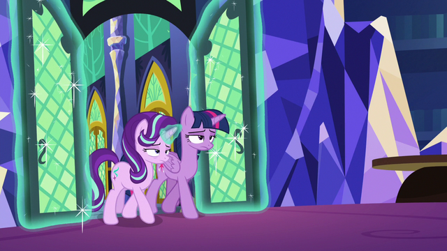 File:Twilight and Starlight enter the throne room S6E21.png