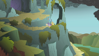 Twilight and friends reach the mountaintop S1E07