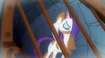 Rarity covered in dirt S1E19