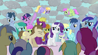 Rarity getting mobbed S3E13